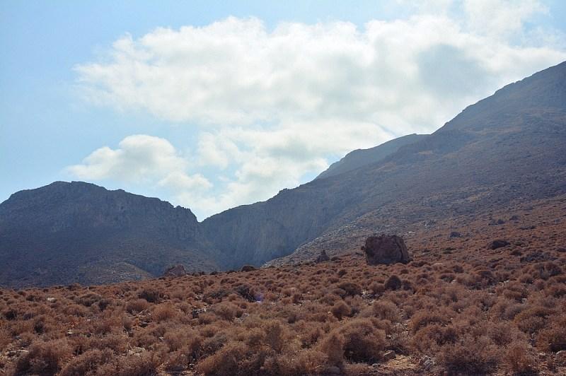 Wzgórza przy drodze powrotnej zlaguny Balos naKrecie.