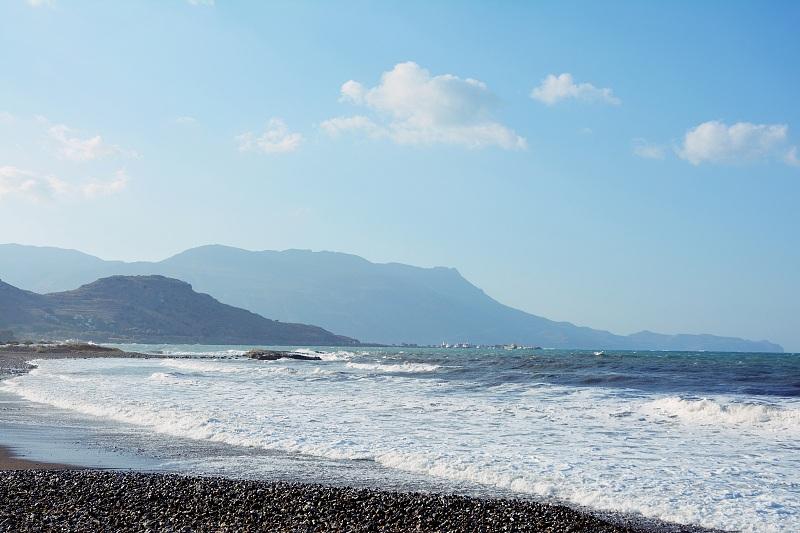 Kamienista plaża wKissamos.