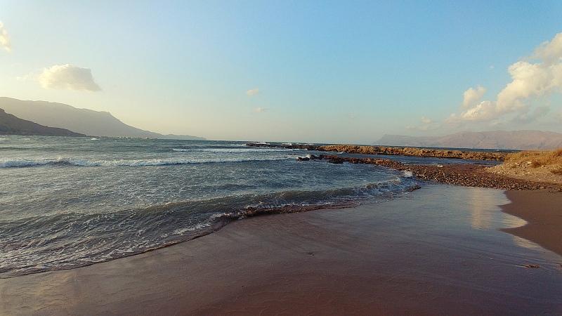 Piaszczysta plaża wKissamos.
