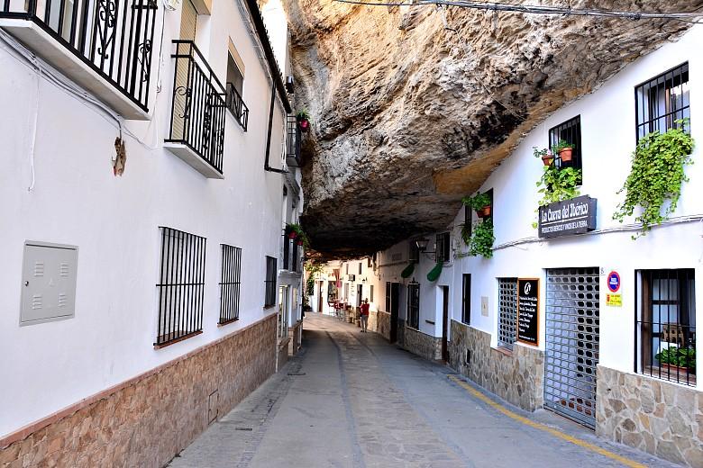 Calle de las Cuevas de la Sombra