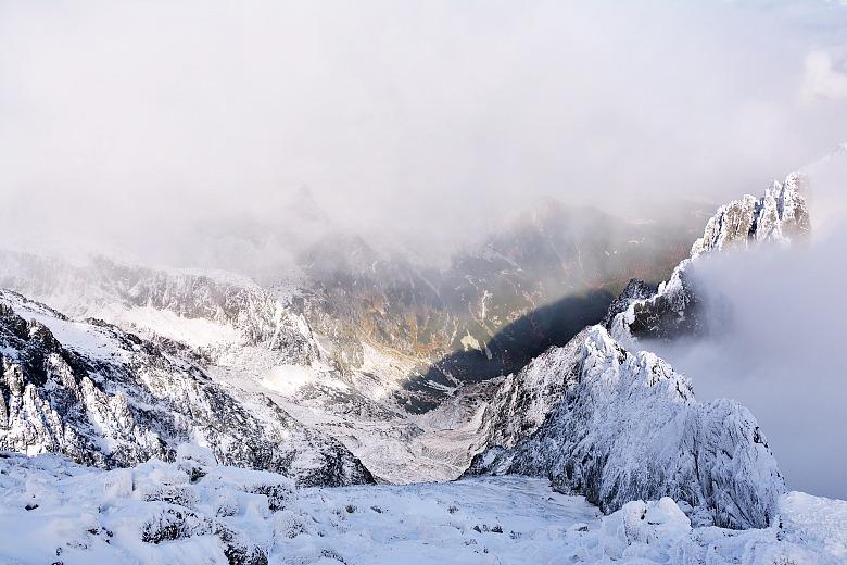 snieg nalomnickim szczycie 2